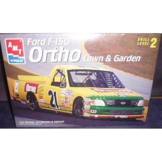 AMT 125 Ford F 150 Lawn & Garden Race Truck Model Kit