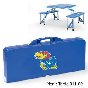 University of   Folding picnic table with four seats (maximum weight