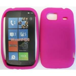 HTC MOZART HD3 HOT PINK SILICONE CASE Cell Phones
