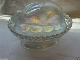 WESTMORELAND CARNIVAL GLASS COVERED BUNNY CANDY DISH