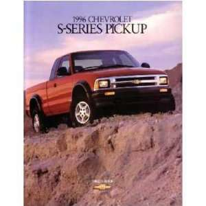 1996 GMC SONOMA Sales Brochure Literature Book Piece