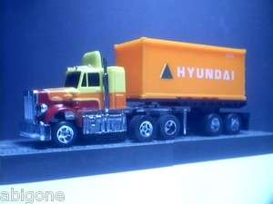 Aurora AFX Semi Truck with HYUNDAI Trailer & Magnatraction chassis