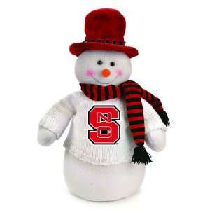 18 NCAA North Carolina State Plush Dressed for Winter